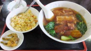 豚バラ角煮ラーメン+半炒飯
