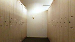 脱衣場のロッカー|スカイスパYOKOHAMA