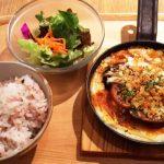 女性一人でも落ち着いて食べられます|Cook Coop Cafe アトレ川崎店