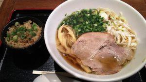 名古屋コーチン(醤油)+チャーシュー炊き込みご飯|麺屋 菜々兵衛 ラゾーナ川崎店