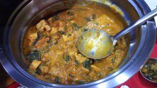 サグチキンカレー|インドレストラン バーワルチー