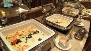 ビュッフェ(チキンなど)|ナトゥーラ 川崎日航ホテル
