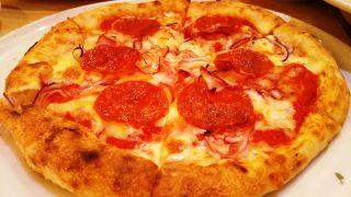 イタリアンサラミのピッツァ・アップ|ラパウザ モアーズ川崎店