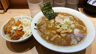 ミニチャーカツ丼&中華そば|つけ麺 玉 赤備え
