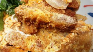蕎麦屋のかつ丼(かつアップ)|そばえもん 川崎アゼリア店