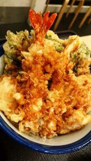 蟹と帆立の天丼(アップ)|天丼てんや 川崎アゼリア店