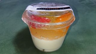 フレッシュ柑橘とメロンの杏仁豆腐(パッケージ)|成城石井