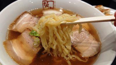 喜多方ラーメン(麺リフトアップ)|会津喜多方ラーメン 小法師 大森東口店