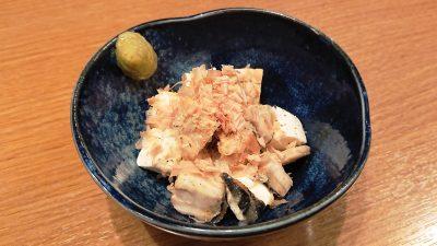 サバの燻製とクリームチーズの冷やっこ|とり鉄 京急川崎駅前店