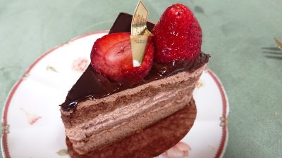 スペシャルあまおうチョコショート|ラ・ベルージュ 下平間店