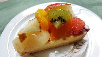 季節のフルーツタルト~チーズ~|FLO プレステージュ 川崎アトレ店