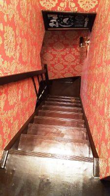 階段|cafe CLUB KEY 鹿島田店