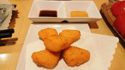 カマンベールチーズフライ|炭火焼鳥 鶏治