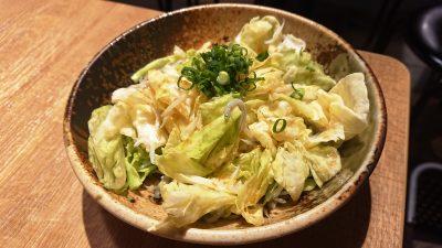 春キャベツとしらすのサラダ|アカマル屋 川崎東口店