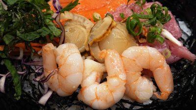 4色の彩り海鮮ごはん(エビ・ホタテ)|ガスト 下平間店