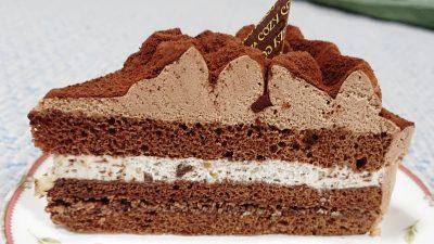 さくさく食感のチョコレートケーキ(断面)|銀座コージーコーナー マルエツ鹿島田