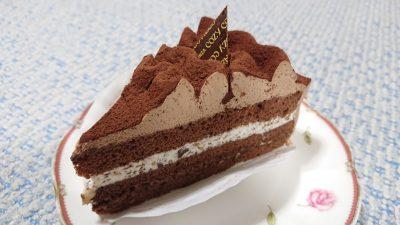 さくさく食感のチョコレートケーキ(アップ)|銀座コージーコーナー マルエツ鹿島田