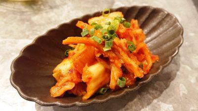 白菜キムチ|焼肉 チョモランマ(武蔵小杉)