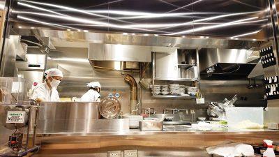 厨房の様子|玉 JR川崎タワー店